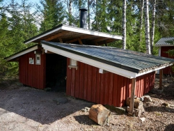 Lukkopesä-Laavu